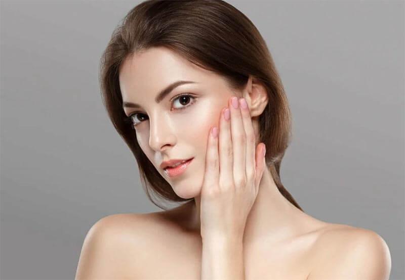 Quali sono i metodi naturali per combattere l'acne